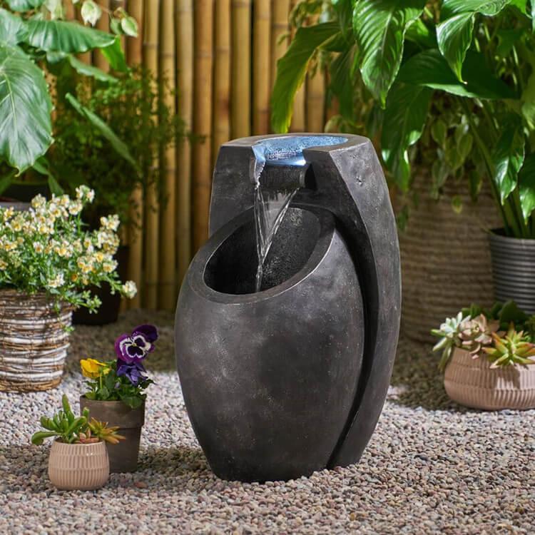 Designed Resin Water Fountain for Garden