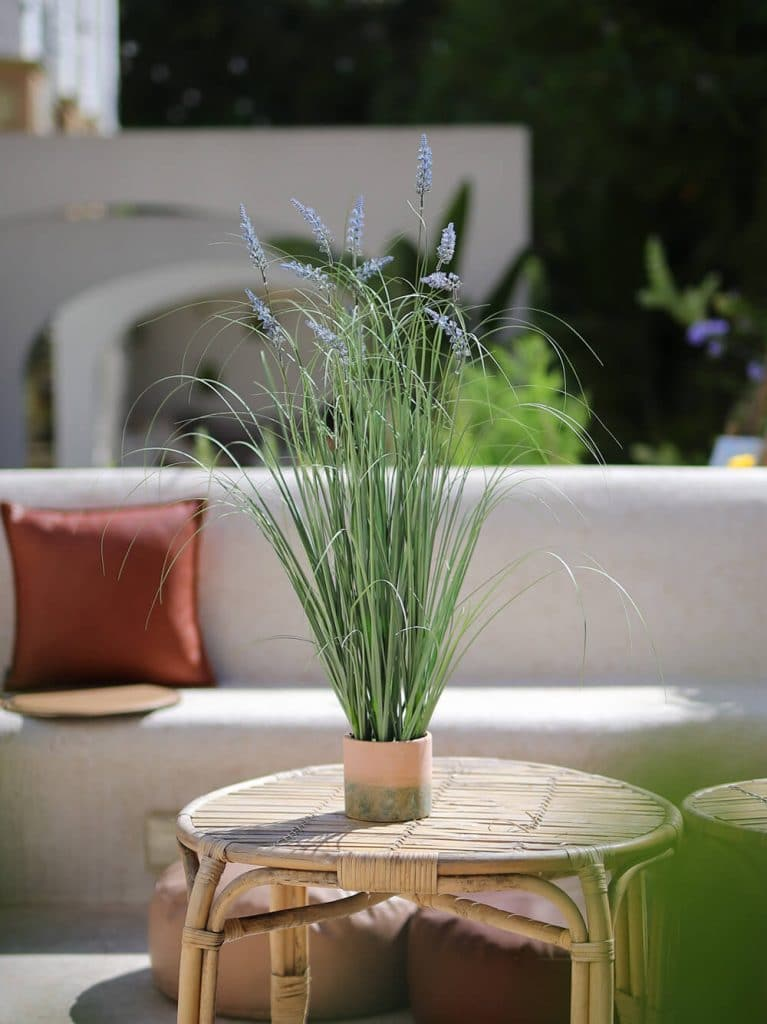 artificial reed grass with pots