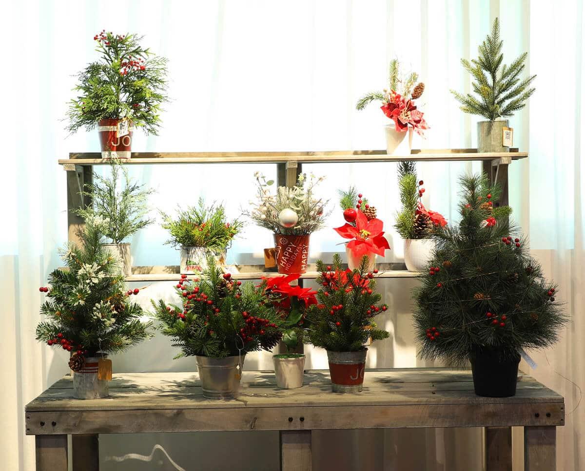 Tabletop Fake Christmas Trees for Display